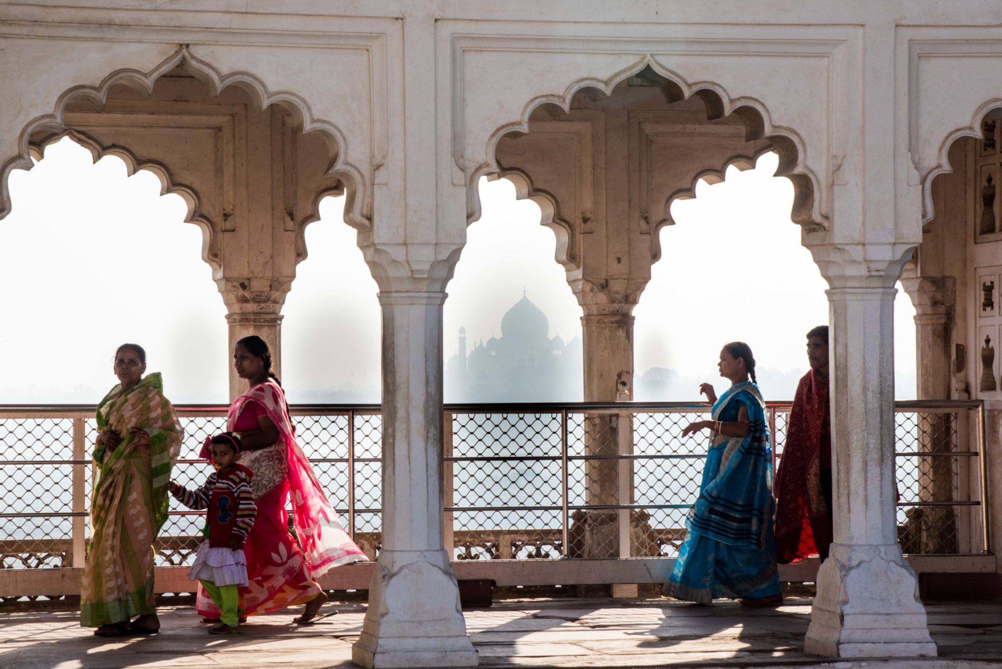 le Taj Mahal vu du fort rouge