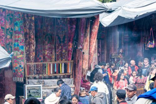 Afluence au marché  de Chichicastenango