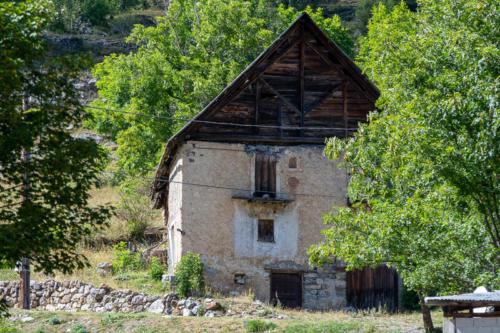 Mercantour, Saint-Etienne de Tinée - vallon de Roya, maison traditionnelle