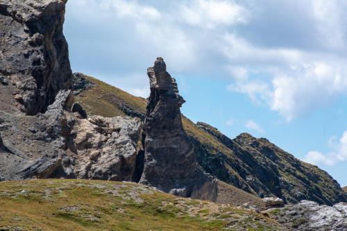 Mercantour, lacs de Vens - Loup hurlant, formation rocheuse